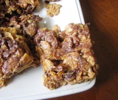 No Bake Peanut Butter & Chocolate Corn Flake Bars