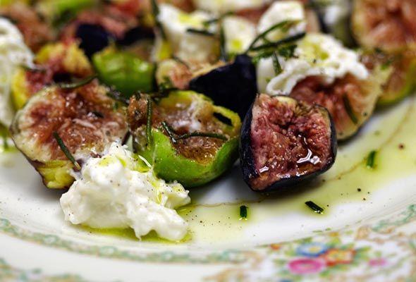 Figs and Burrata Cheese Recipe | Leite's Culinaria