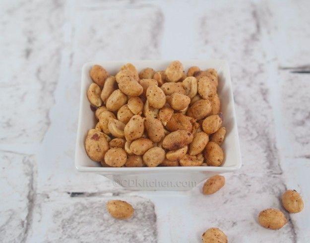 peanuts cdkitchen com a quick and spicy snack made with peanuts garlic ...