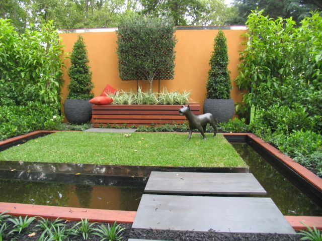 Dog friendly landscape ideas show an explosion of for Landscape design melbourne