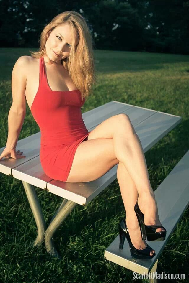 Scarlett Madison | GREATEST LEGS | Pinterest Scarlett