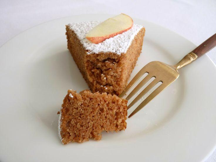 pastry studio: Applesauce Spice Cake | Delicious | Pinterest