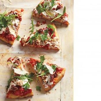 Sausage, arugula, and parsley pizza | YUMMY | Pinterest