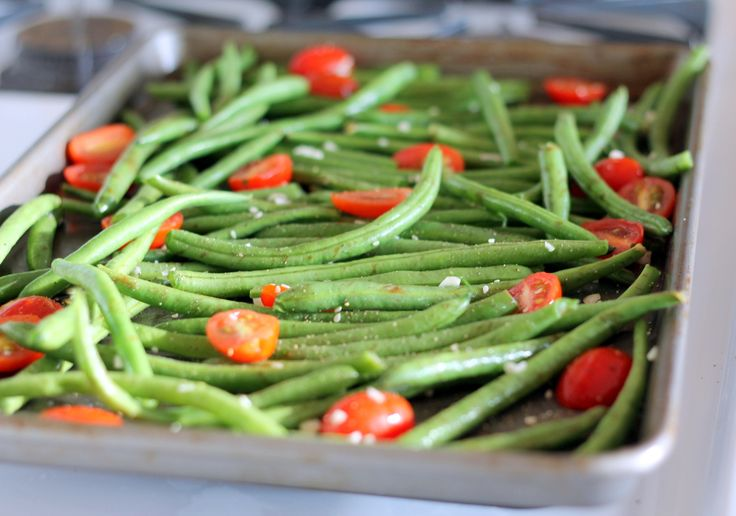 Roasted Garlic Parmesan Green Beans with Tomatoes | Recipe