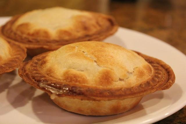 Mini Chicken Pot Pie | ChicKen diShes | Pinterest