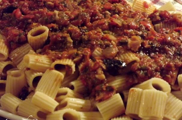 Easy ~ Garden Fresh Tomato Sauce with Anchovies!!!