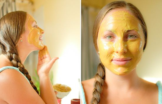 ... exfoliating and 100% natural Turmeric & Honey face mask