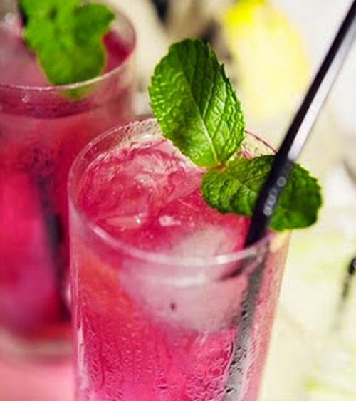 "Pomegranate Mojito ""I'll have two please"""