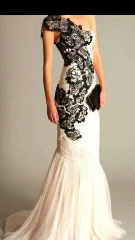 White dress blacklace