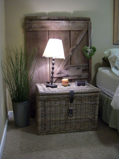 Upcycle ideas for old doors crafts pinterest for Idea for old doors