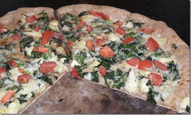 Vegetarian Low Fat Spinach Artichoke Pizza---- I'm a sucker for pizza!