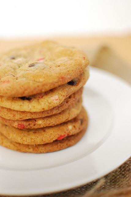 Chocolate Chip-Peppermint Crunch Cookies.
