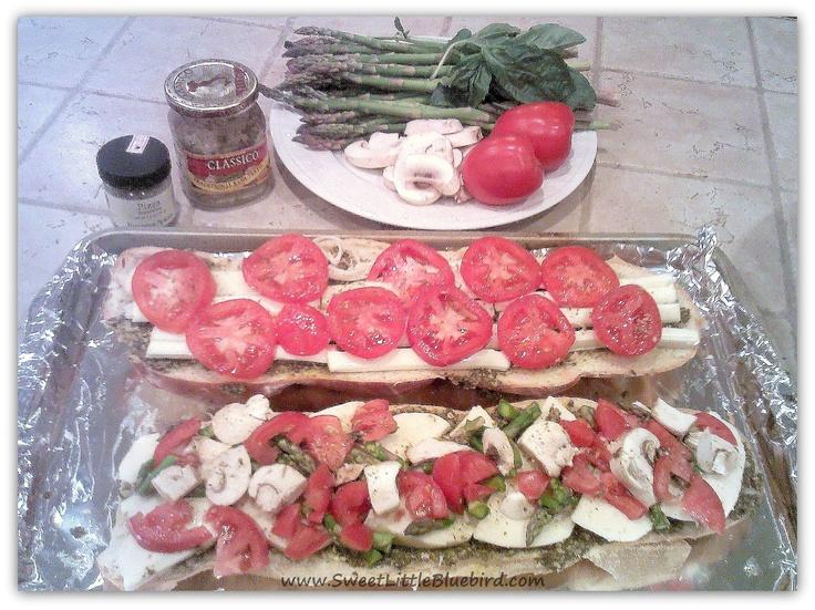 Pesto Pizza ~ Two Ways (Pesto, Fresh Mozzarella, Asparagus, Tomato ...