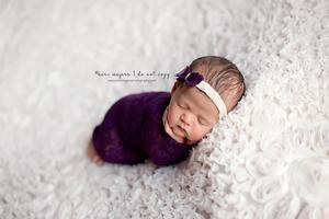 @amandabuechler - adorbale newborn wrap and headband!!!