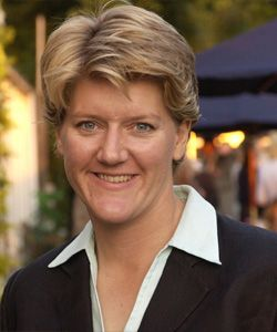 Clare Balding: Being a lesbian may have helped sports presenting career