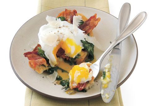 Poached Egg Crostone with Wilted Spinach and Bacon | Recipe