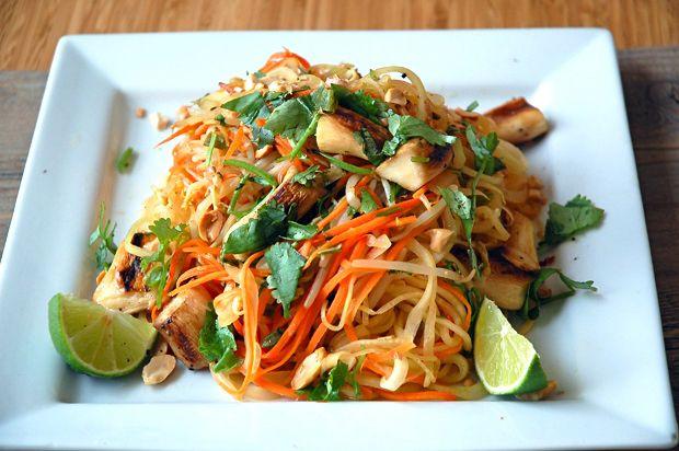Green Papaya Pad Thai with King Oyster Mushrooms (Spiralizer)