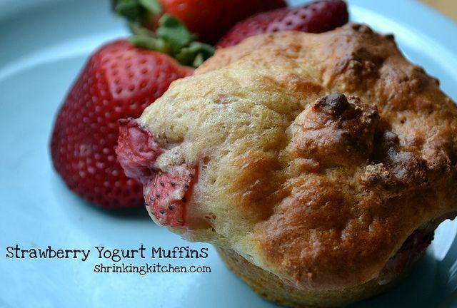 Strawberry Yogurt Muffins. A tasty, low-calorie breakfast or snack ...