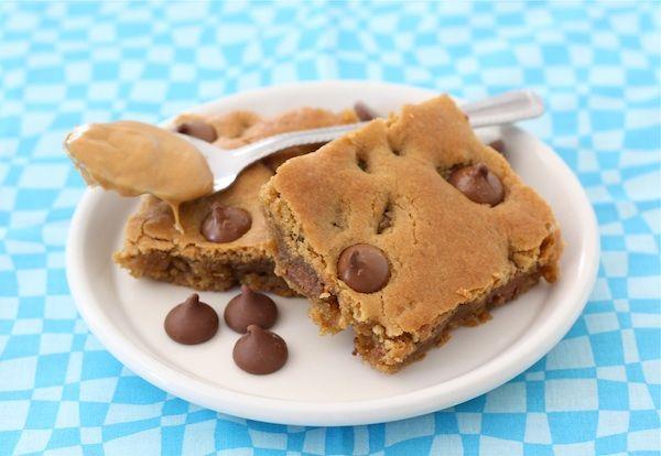Peanut Butter Chocolate Chip Blondies on twopeasandtheirpod.com. Love ...