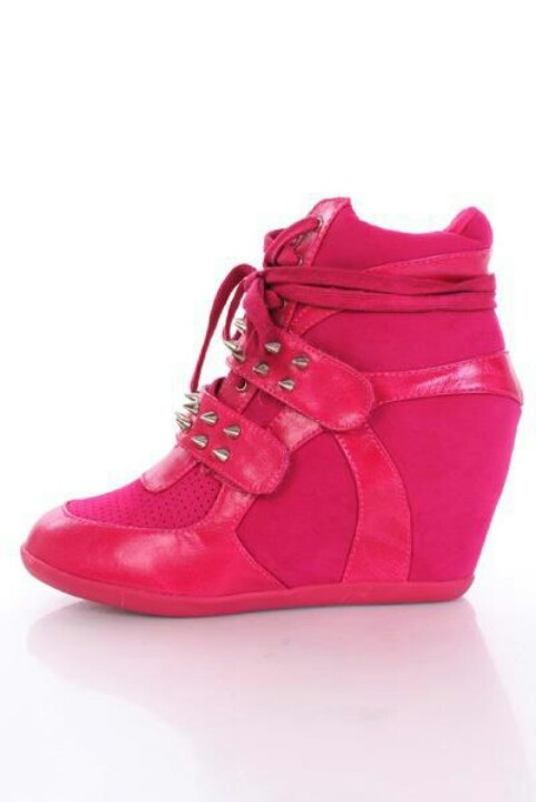 love these tennis shoe wedges