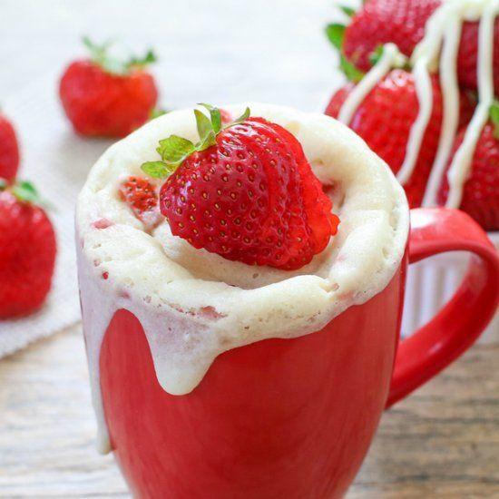 Strawberries and Cream Mug Cake   Desserts For One   Pinterest
