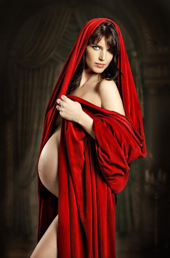 diosa embarazada