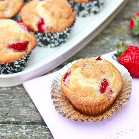Strawberry Rhubarb Muffins | Recipe