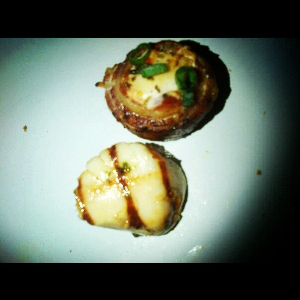 Lemon grilled sea scallop & bacon wrapped sea scollop!