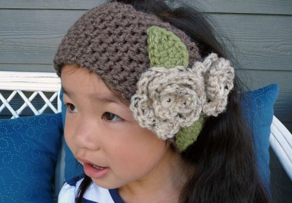Crochet Patterns Head Warmers : Crochet Head Band with Roses - inspirednest.ca