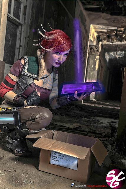 Kelly Jean as Lilith (Borderlands)