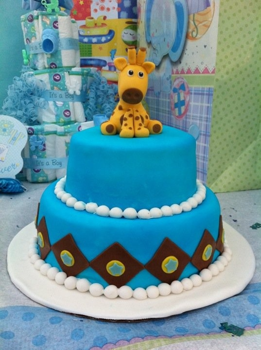 giraffe baby shower cake giraffe party ideas pinterest