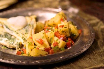 Omelet - Potato Salad uses Potatoes, Red Bell Pepper, Scallions ...