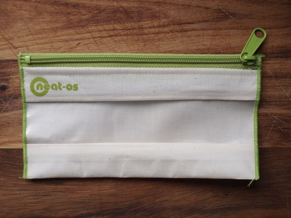 Neat-os re-usable snack bag, green.