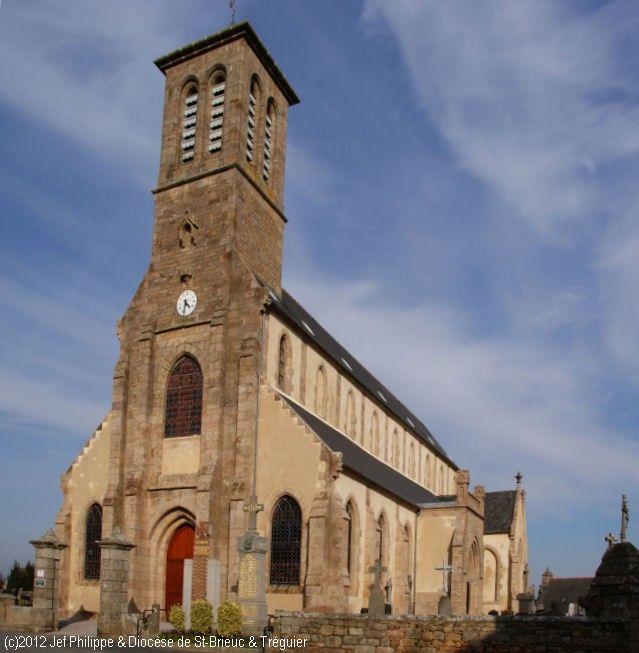 photo de Saint-Pierre à Servel (Eglise de Servel)