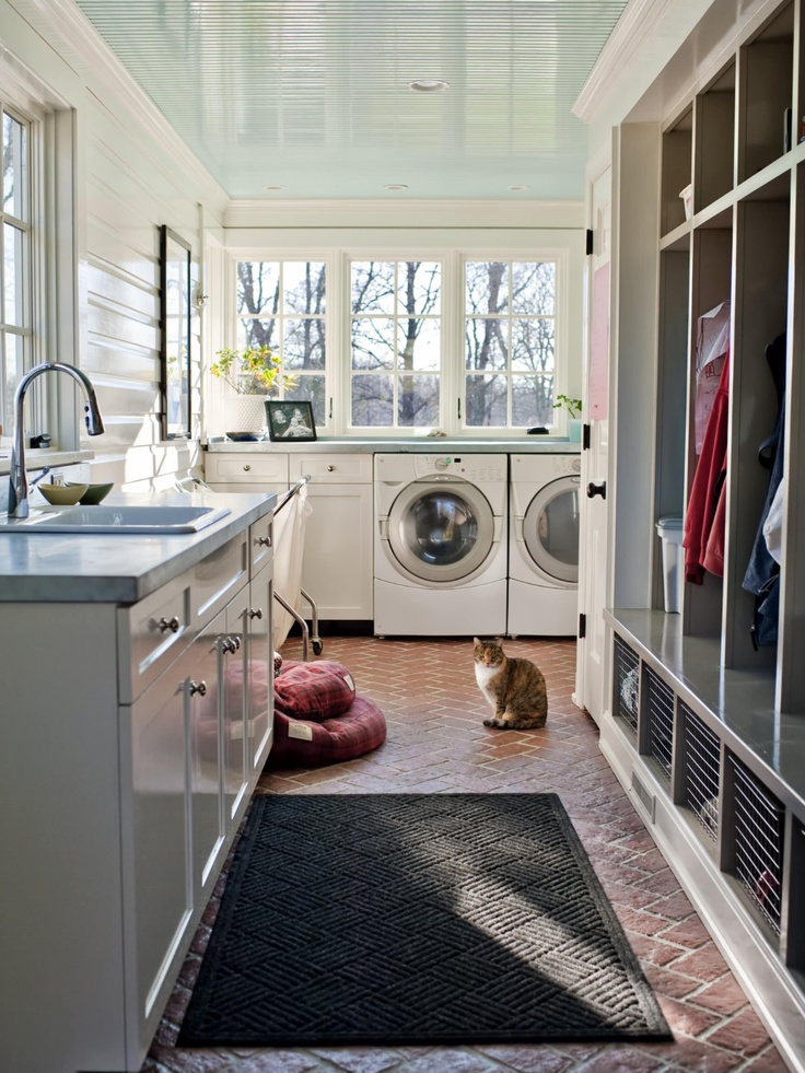 Great Mud Room with Sink, W/D and cubbys....also LOVE the windows.