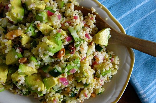bulgur wheat salad with avocado, cucumber and mint