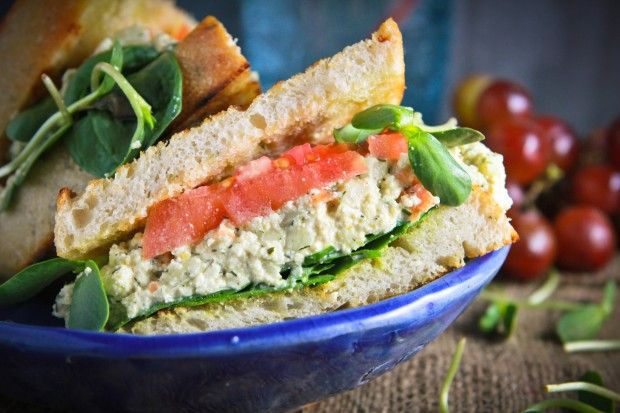 Vegan mock egg salad sandwich (tofu, onion, vegenaise, lemon ...