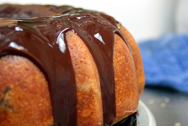 orange chocolate chunk cake - ina garten via smitten kitchen
