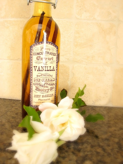 Homemade Vanilla Extract | My Uncommon Slice Of Suburbia http ...