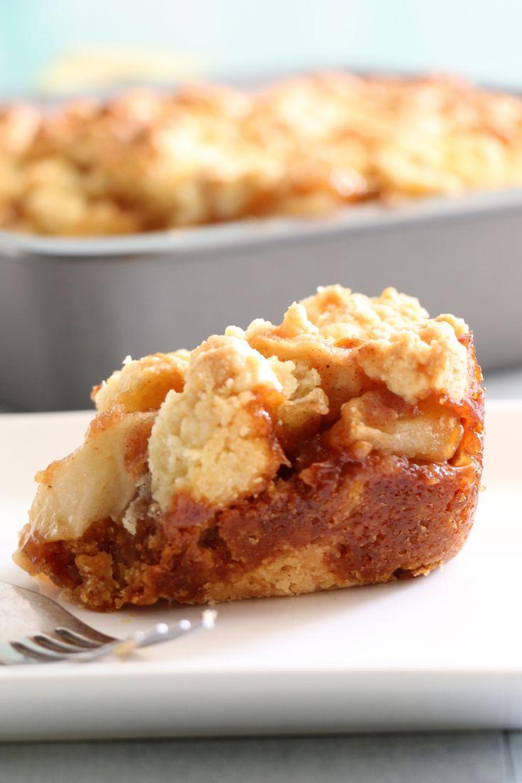Salted Caramel Apple Crumble Bars. | Desert | Pinterest