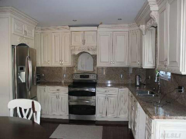White cottage kitchen. Looove it! | 720 x 540 · 93 kB · jpeg | 720 x 540 · 93 kB · jpeg
