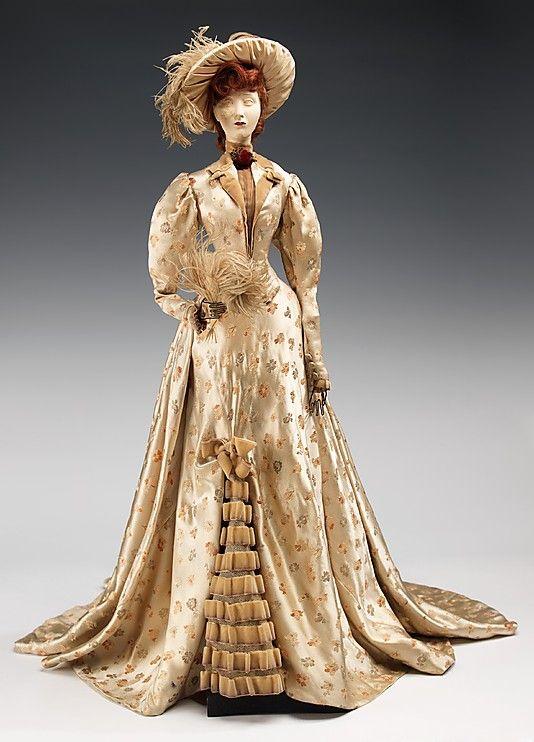1890 Кукла по Жоржетта РЕНЕЛ (металл, гипс, волосы, шелк, перья, кости), 1949.  ММА