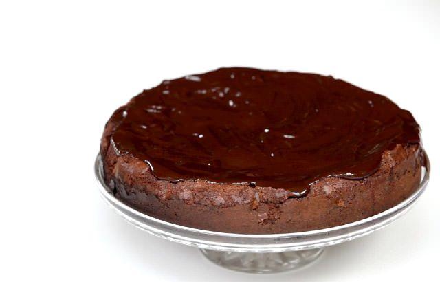 Rich chocolate cake | Recipe