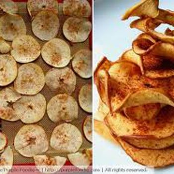 Baked Apple & Pear Chips | pretty tasty: apps + snacks | Pinterest