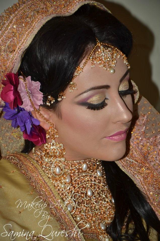Support my mums hard work: www.facebook.com/MakeupArt ...