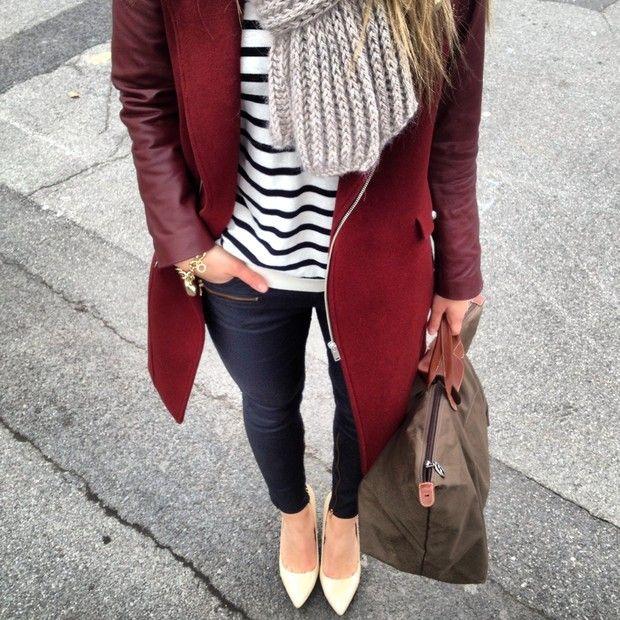 赤のコート着こなしコーディネート
