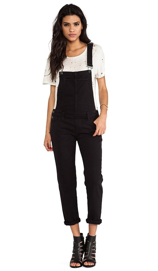 Black Overalls: How to Style Them for a Pear Shaped Body. After some trial and error, I can happily say that I'm overall obsessed. These black overalls will be on repeat all fall and even making some winter outfit appearances.