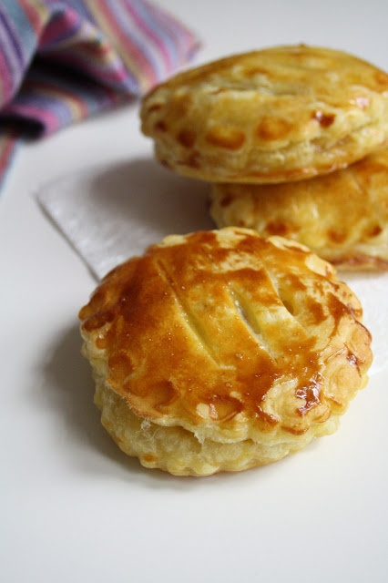 gratin french apple cake chaussons aux pommes french apple turnovers ...