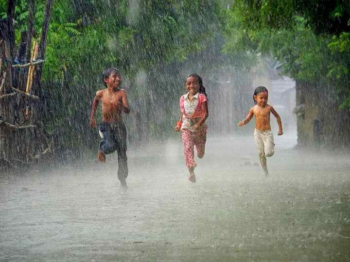 essay on rainy season in india for children