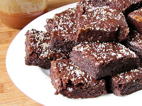 Salted Brownies... I want to try this with caramel drizzled over the ...
